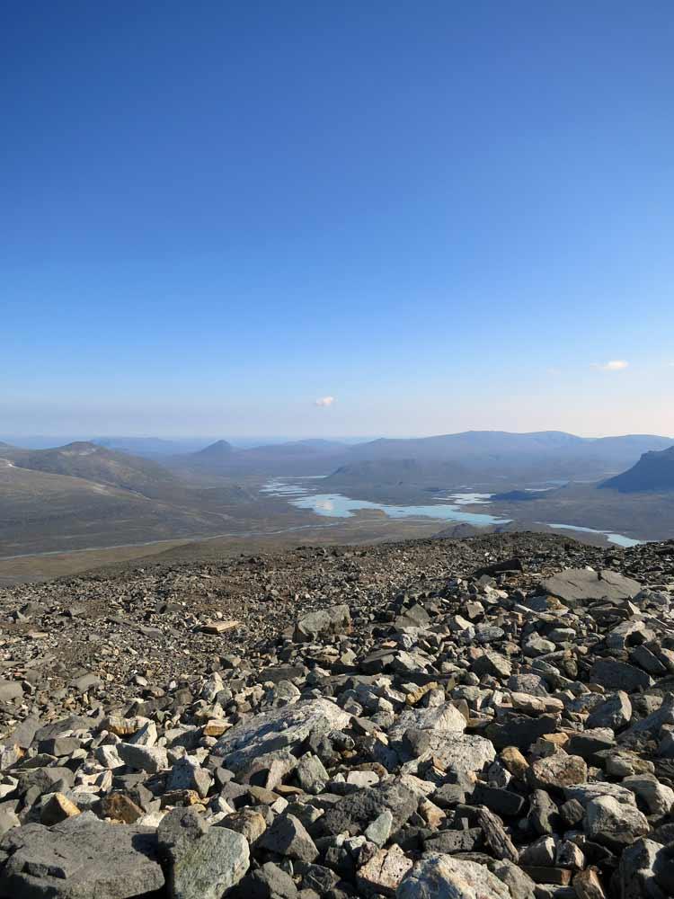 Utsikt från Vuojnestjåhkkå