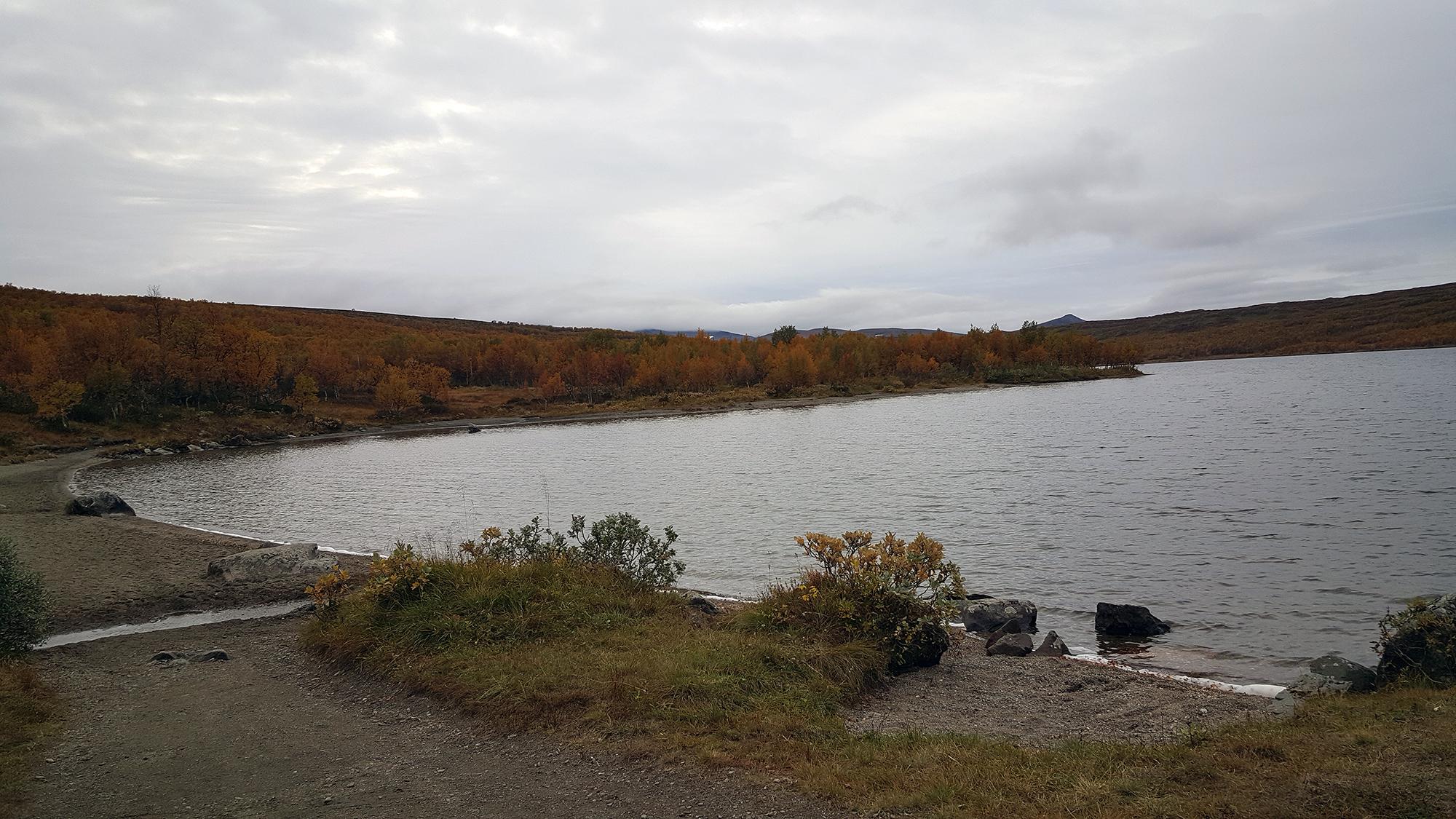 Keuso sjön i skymning