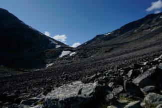 Brant och mödosam vandring uppför Veslglupen till Veslgluptjønnen.